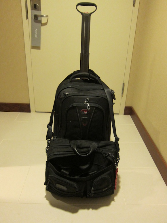 Spinner Luggage Pros And Cons One Mile At A Time