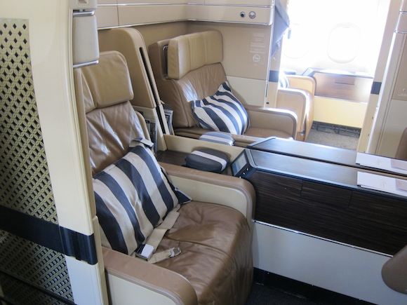 Bling It On Etihad Airways First Class Abu Dhabi To New