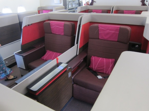 Review: KLM Boeing 777-200ER Business Class Experience