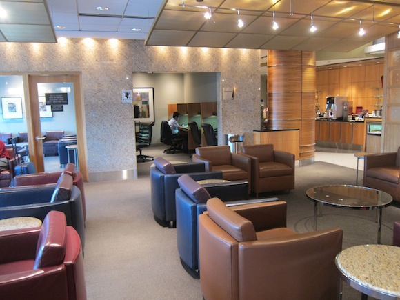 Review American Airlines Flagship Lounge Chicago One