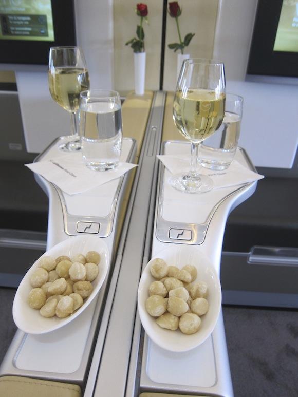 Lufthansa_First_Class_A33008