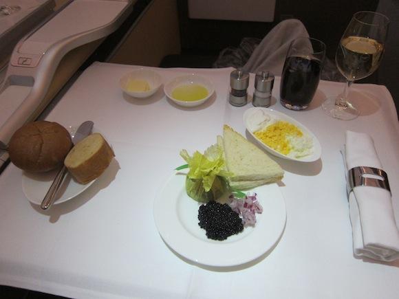 Lufthansa_First_Class_A33033