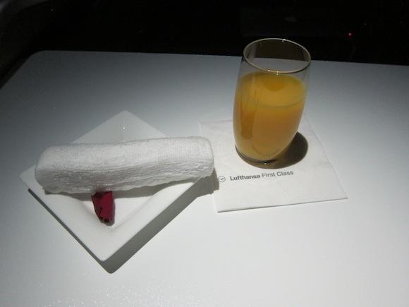 Lufthansa_First_Class_A33055