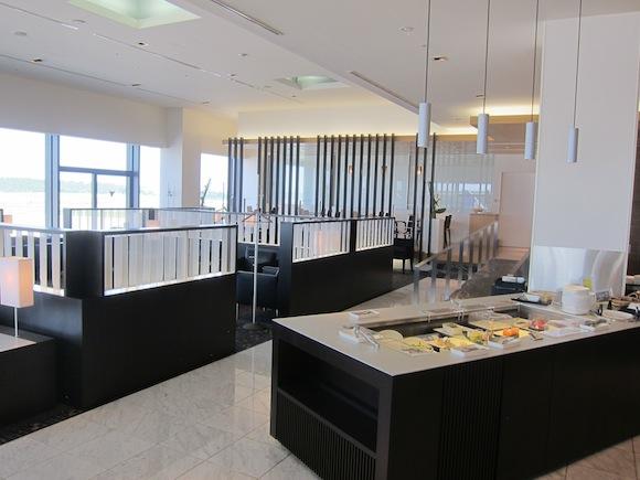 ANA_Suites_Lounge_Tokyo_Narita06