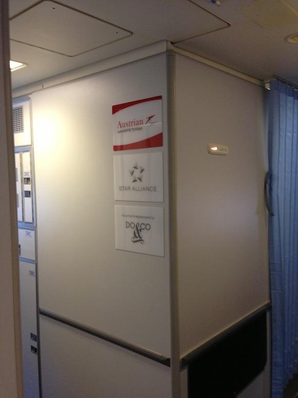 Austrian_Business_Class_Zurich_Vienna11