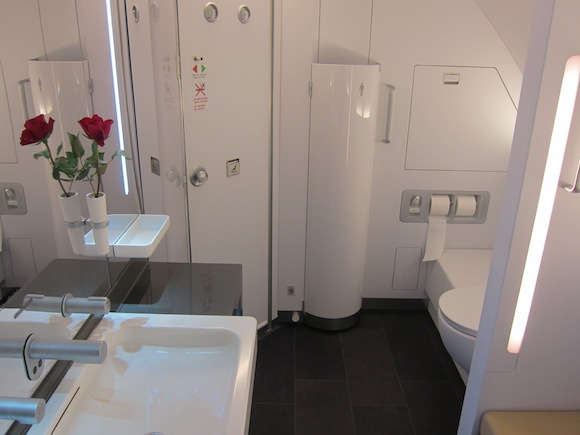 The Five Nicest Airplane Bathrooms One Mile At A Time