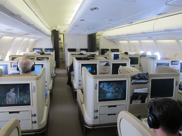 Singapore_Airlines_A330_Business_Class29