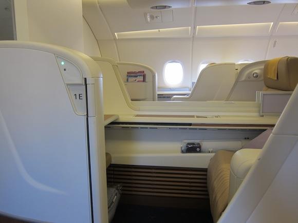 Thai_Airways_First_Class_A38016