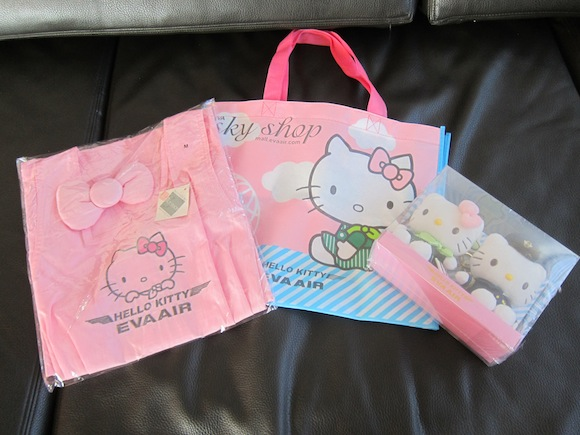 Giveaway Hello Kitty Jet Swag One Mile At A Time