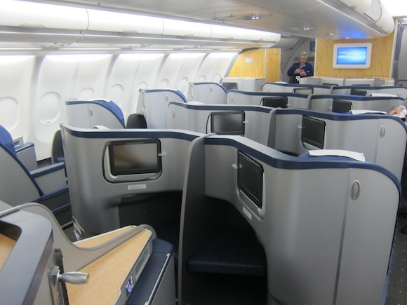 US_Airways_Envoy_Suite1