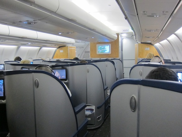 US_Airways_Envoy_Suite3