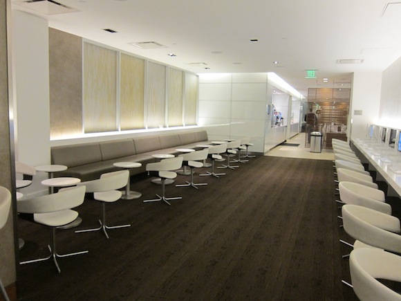 OneWorld-Business-Lounge-LAX-06