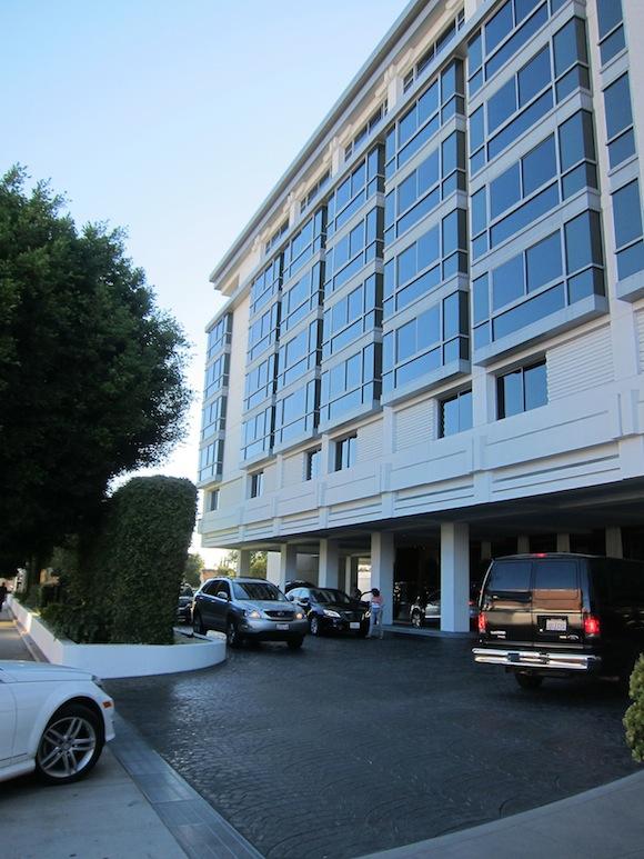 SLS-Hotel-Beverly-Hills-01
