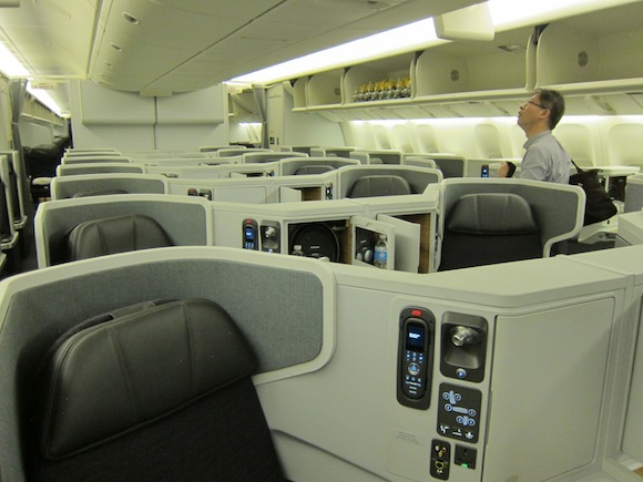 Review American Airlines 777 300er Business Class New