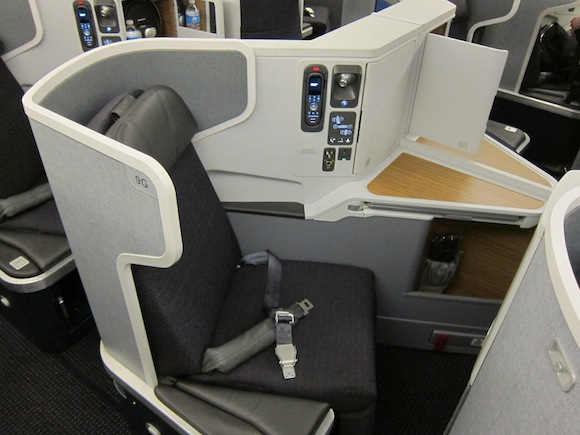 Review: American Airlines 777-300ER Business Class New ...