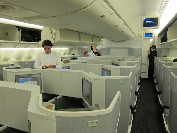 American-Business-Class-777-14