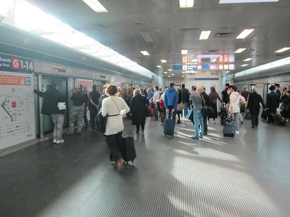 Alitalia-Lounge-Rome-Airport-05