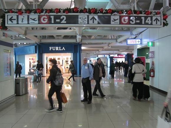 Alitalia-Lounge-Rome-Airport-06