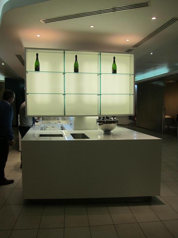 Alitalia-Lounge-Rome-Airport-18