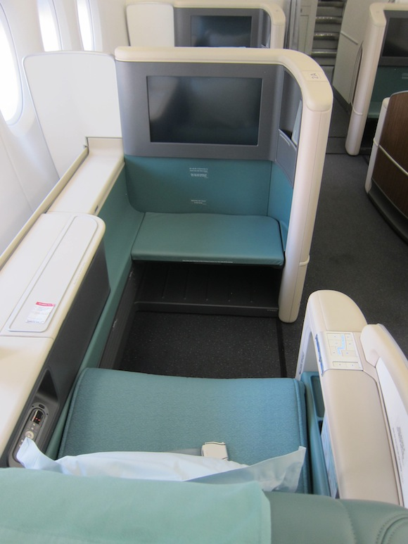 Korean-Air-A380-First-Class-004