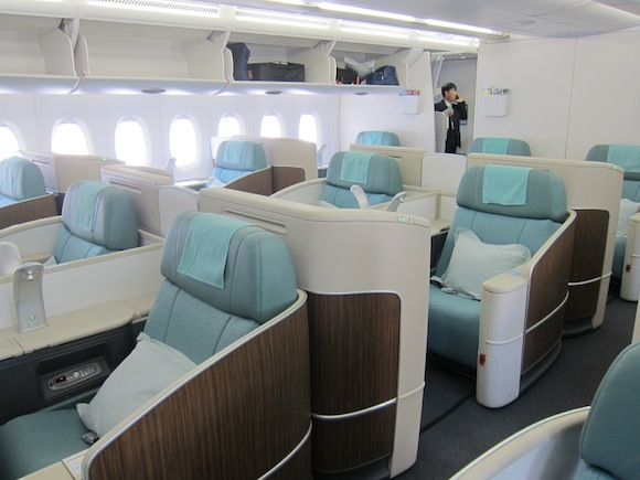 korean air a380 first class seoul incheon to los angeles. Black Bedroom Furniture Sets. Home Design Ideas