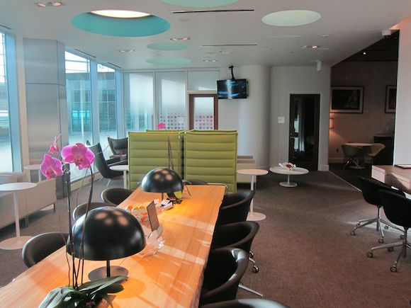 Review American Express Centurion Lounge Dallas Dfw