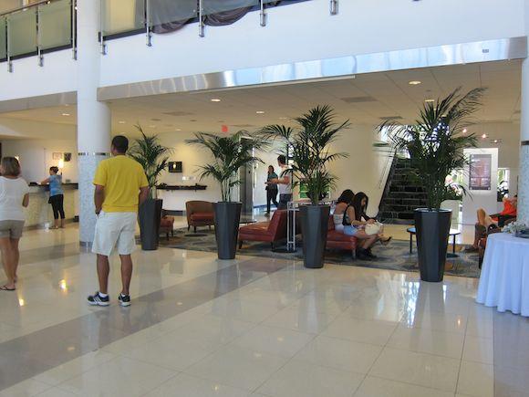 Sheraton-Miami-Airport-03