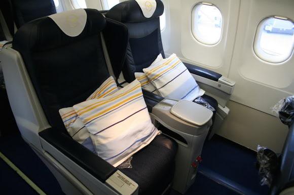 sas houston to stavanger business class 737 flight