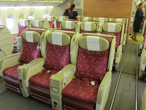 TAM-777-First-Class-01