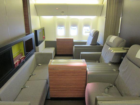 TAM-777-First-Class-02