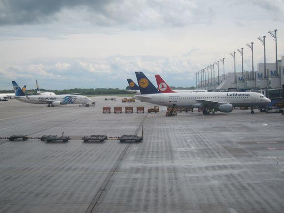 Lufthansa-First-Class-330-03