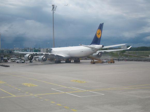 Lufthansa-First-Class-330-04