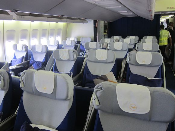 Lufthansa-First-Class-747-11