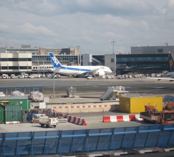 Lufthansa-First-Class-747-66
