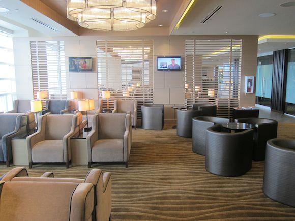 Plaza-Premium-Lounge-Vancouver-12