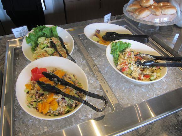 Plaza-Premium-Lounge-Vancouver-22