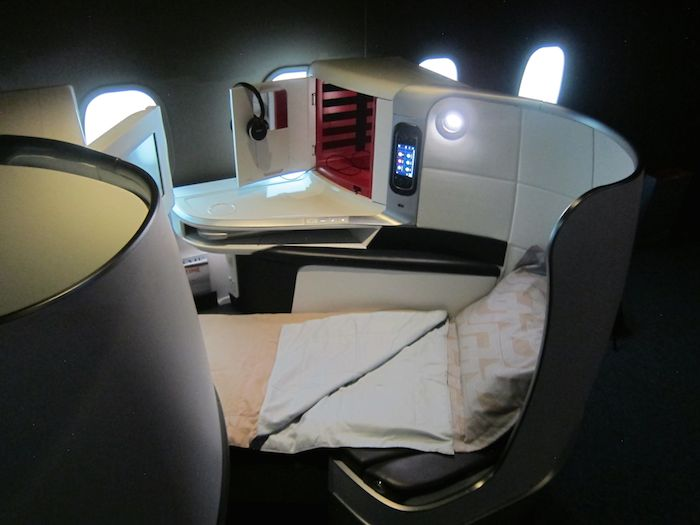 Air-France-First-Business-Class-36