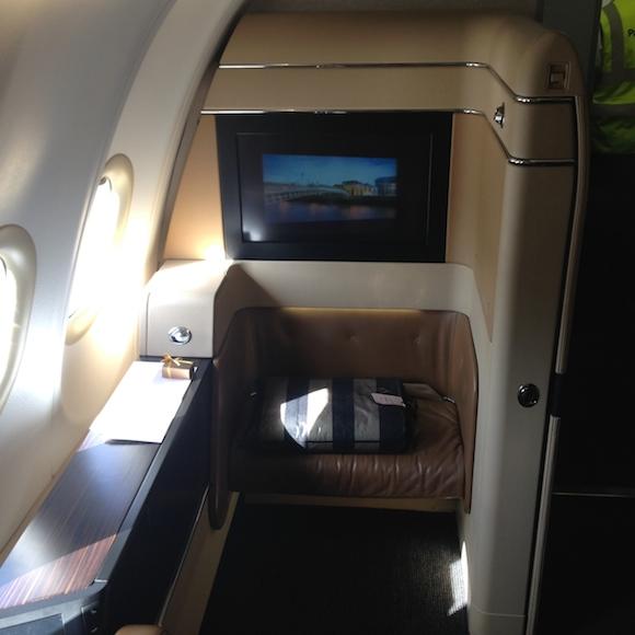 Etihad Airways A340 Fi...