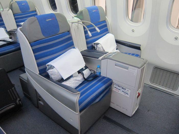 Lot Business Class 787 03