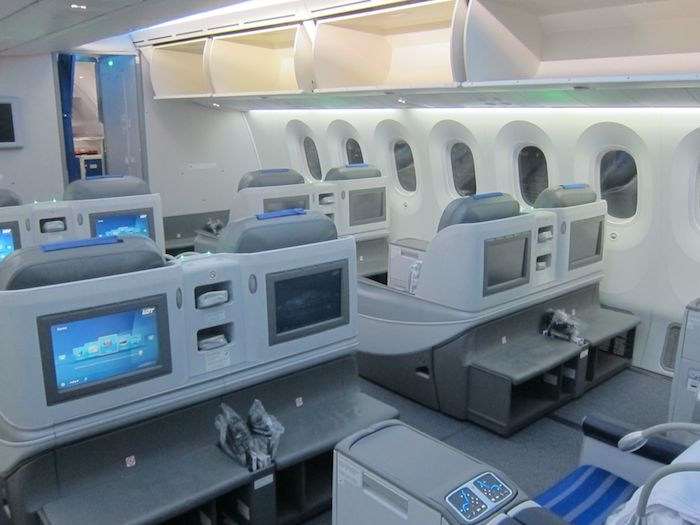 Lot Business Class 787 02