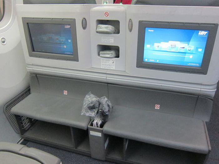 LOT-Business-Class-787-08