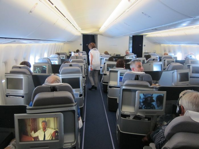 lufthansa 747 business class pictures to pin on pinterest pinsdaddy. Black Bedroom Furniture Sets. Home Design Ideas