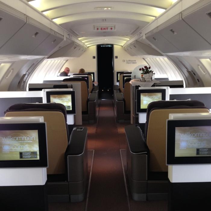 Lufthansa-First-Class-747