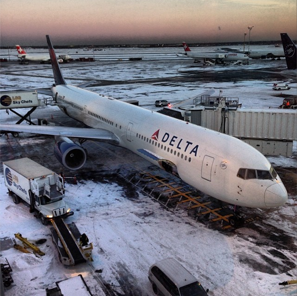 Snow Jfk Airport