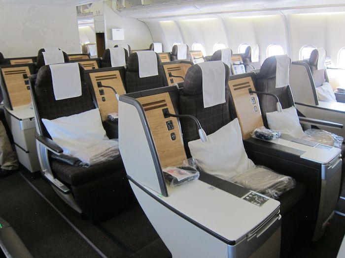 Swiss Business Class A330 03