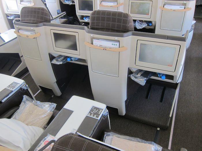 Swiss-Business-Class-A330-05