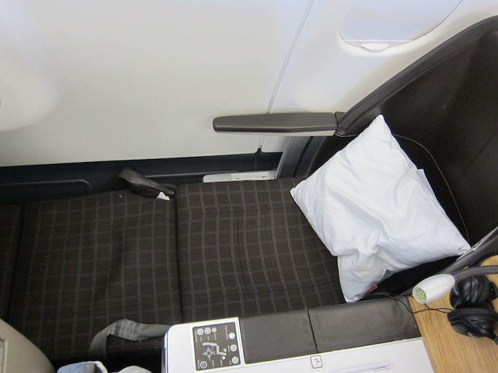 Swiss-Business-Class-A330-58