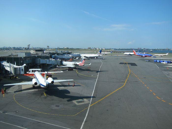 AmEx-Centurion-Lounge-LGA-Airport-14