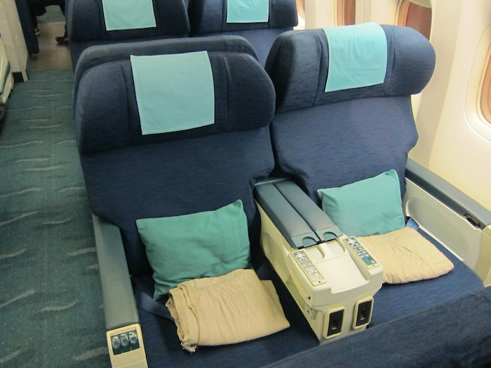 Cathay-Pacific-Business-Class-1