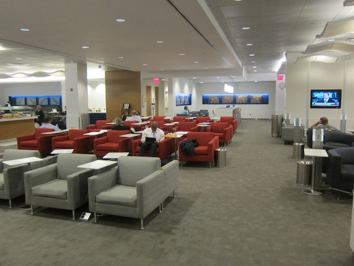 Review delta sky club new york lga airport one mile at for Best airport lounge program